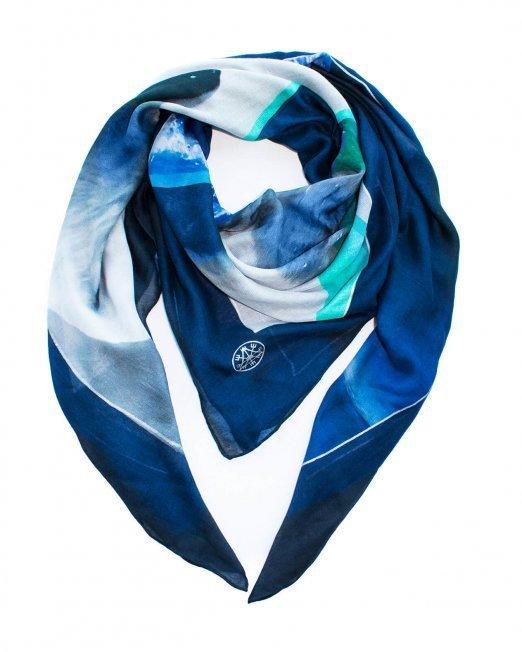 isbjorn printed scarf BJORNE OF NORWAY fashion bear 02 (2) (Demo)